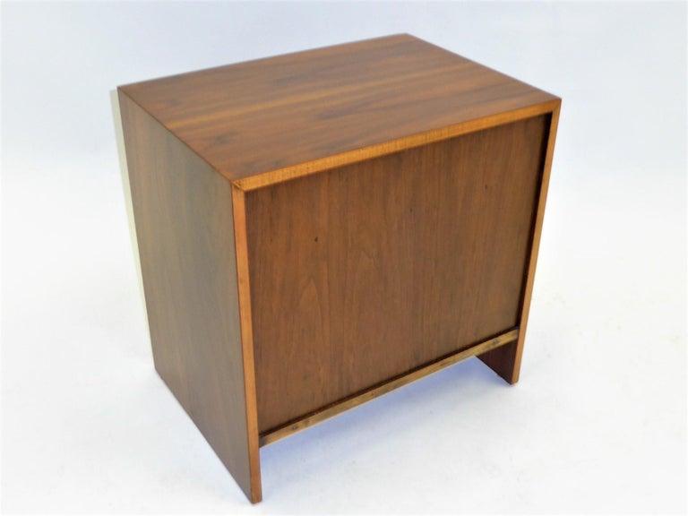 Robsjohn-Gibbings Single Drawer Black Walnut Night Table for Widdicomb For Sale 6