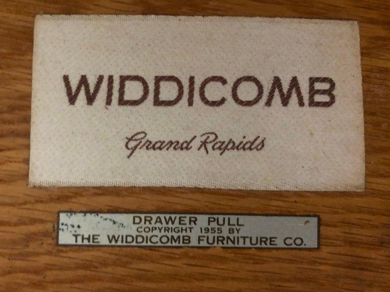 Mid-Century Modern Robsjohn-Gibbings Walnut Side Tables w/ Gilt Porcelain Pulls For Sale