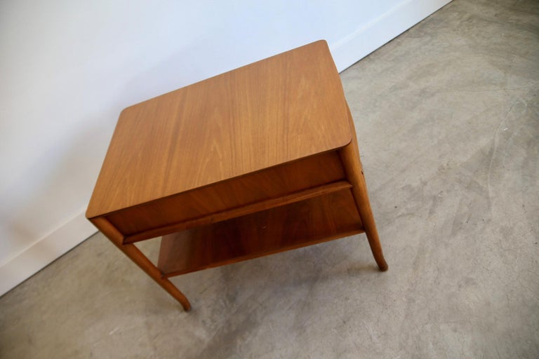 Wood Robsjohn Gibbings Widdicomb End Table For Sale