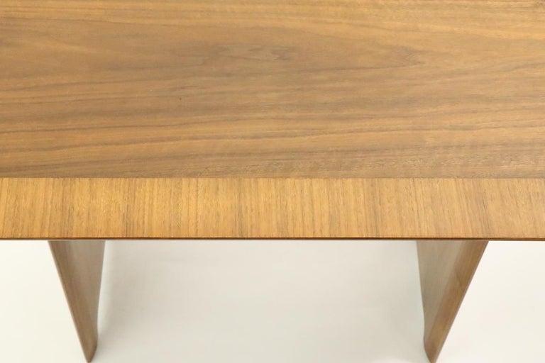 Mid-Century Modern Robsjohn Gibbings Widdicomb Side End Table For Sale