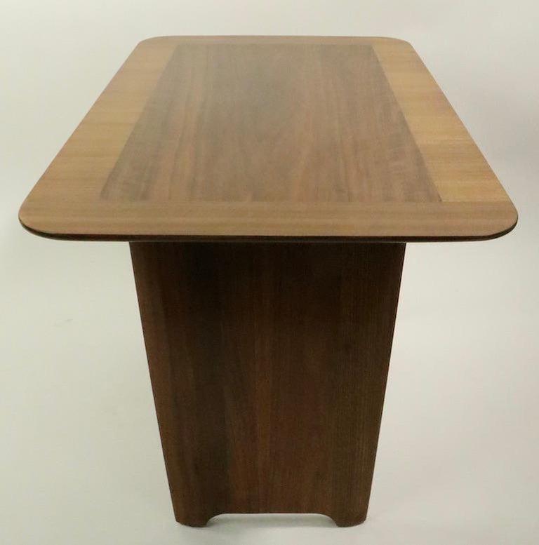 Robsjohn Gibbings Widdicomb Side End Table For Sale 1