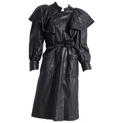 Roccobarocco coat in black leather for woman 1980's.