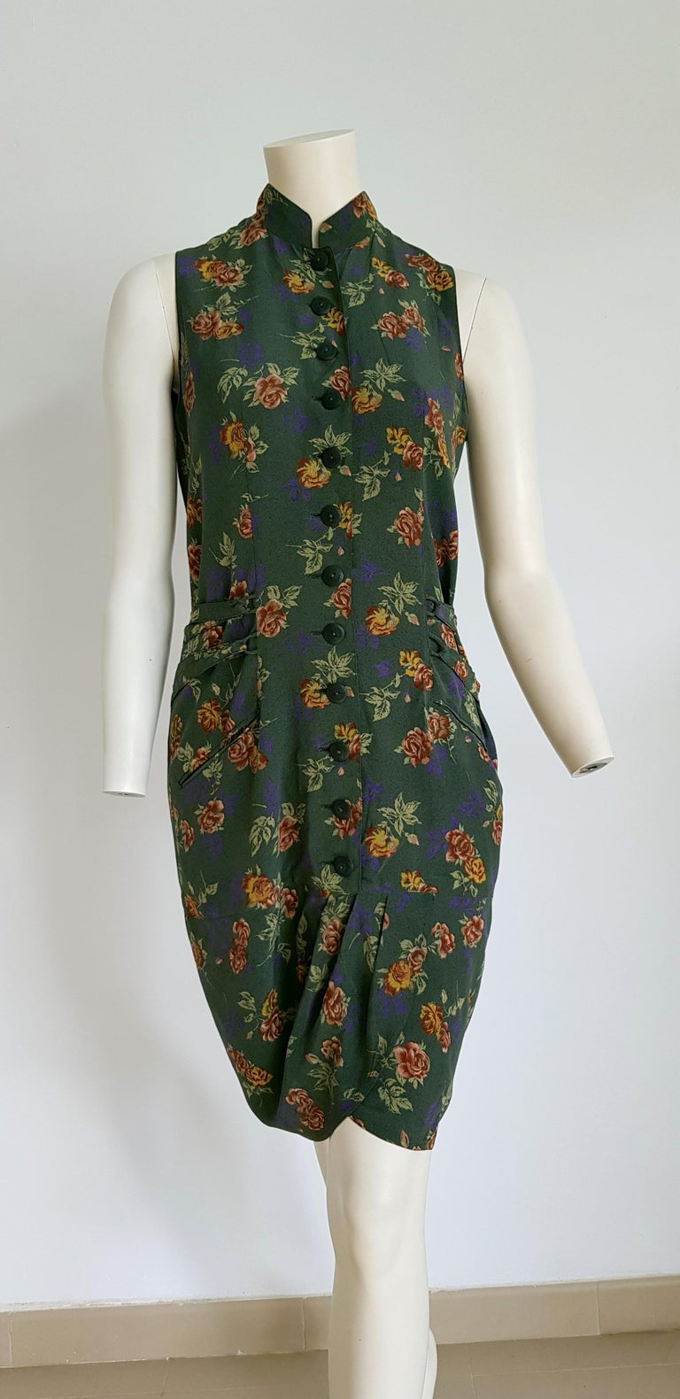ROCCOBAROCCO Haute Couture, green on flowers theme, ribbons on the back, silk dress - Unworn, New.  SIZE: equivalent to about Small / Medium, please review approx measurements as follows in cm: lenght 101, chest underarm to underarm 48, bust