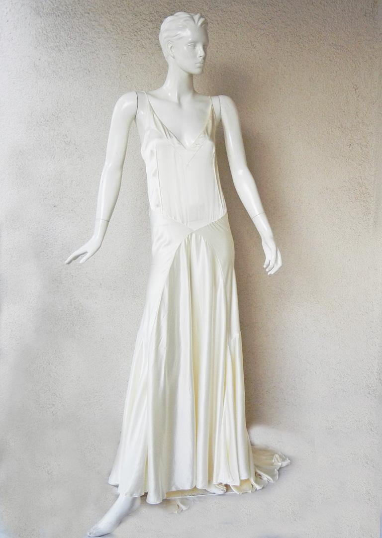 Rochas ivory silk charmeuse 30's inspired Harlowesque gown designed in the tradition of