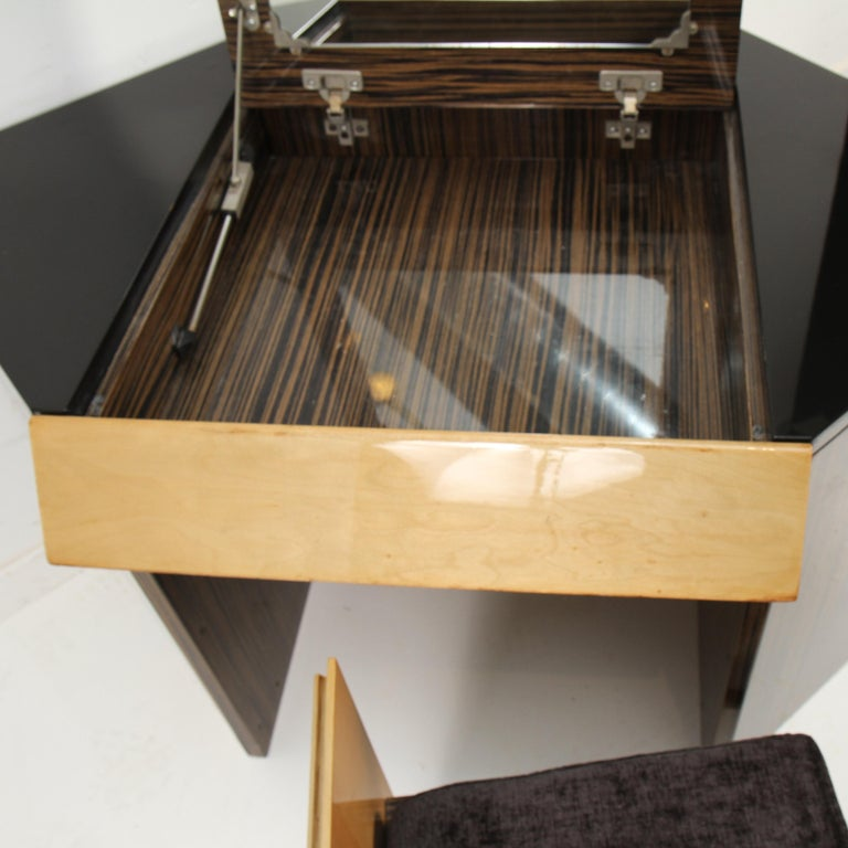 20th Century Roche Bobois Italian Vanity For Sale