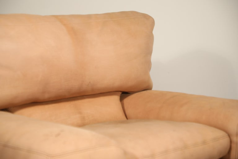 Roche Bobois Sofa and Armchair in Nude Leather with Natural Finish, circa 1980s For Sale 9