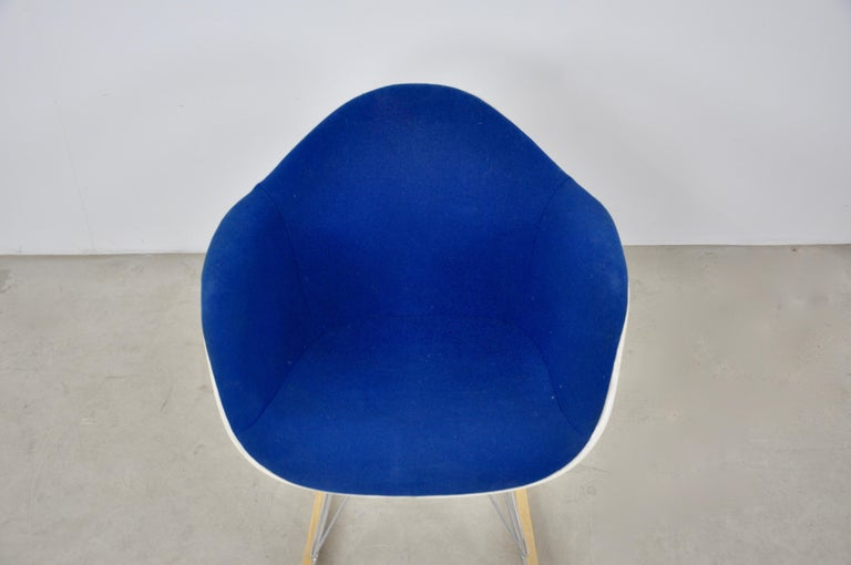 Mid-20th Century Rocking Chair by Charles & Ray Eames For Herman Miller, 1960s For Sale