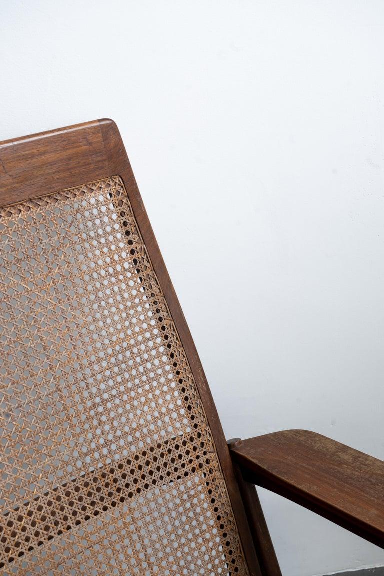 Rocking Chair Joaquim Tenreiro, 1960s, Brazilian Midcentury Design For Sale 5