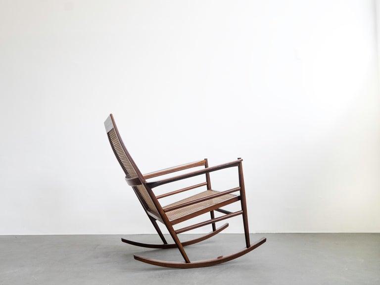 Mid-Century Modern Rocking Chair Joaquim Tenreiro, 1960s, Brazilian Midcentury Design For Sale