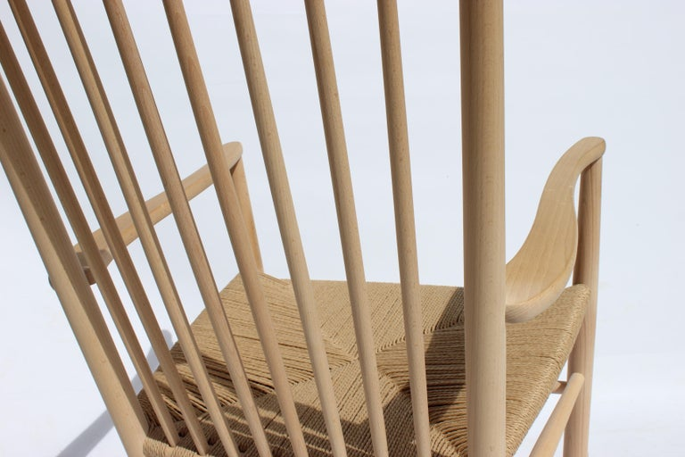 Rocking Chair, Model J16, of Beech, by Hans J. Wegner and Fredericia For Sale 3