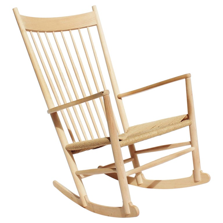 Rocking Chair, Model J16, of Beech, by Hans J. Wegner and Fredericia For Sale