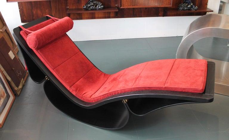 Rocking lounge chair model 'Rio' by Oscar Niemeyer.