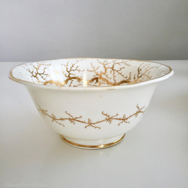 Rockingham Porcelain Tea Service, Cream, Gilt and Flowers, Rococo Revival, 1832 For Sale 4