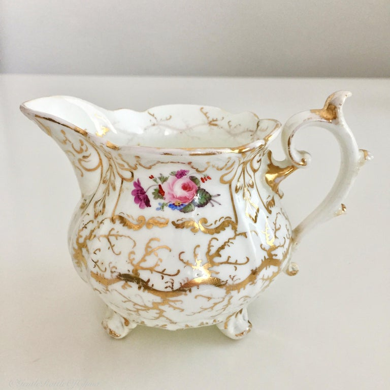 Rockingham Porcelain Tea Service, Cream, Gilt and Flowers, Rococo Revival, 1832 In Good Condition For Sale In London, GB