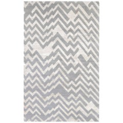 Rocky Peaks Silk and Wool Rug in Beige and Gray
