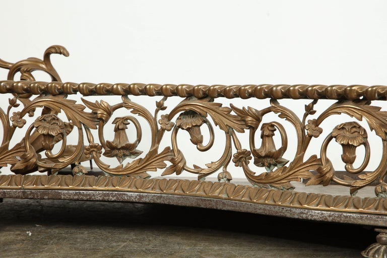 Early 19th Century Rococo Bronze Fireplace Fender For Sale