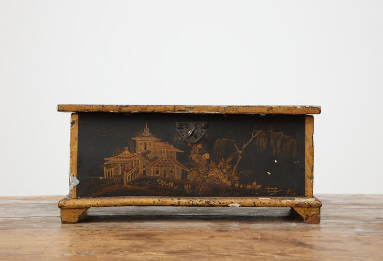 Swedish Rococo chinoiserie box with red interior, circa 1750, Origin: Sweden.   Original blue paint under the later chinoiserie paint.  Many pieces were redecorated with chinoiserie paint in the 18th century. The popularity of chinoiserie peaked