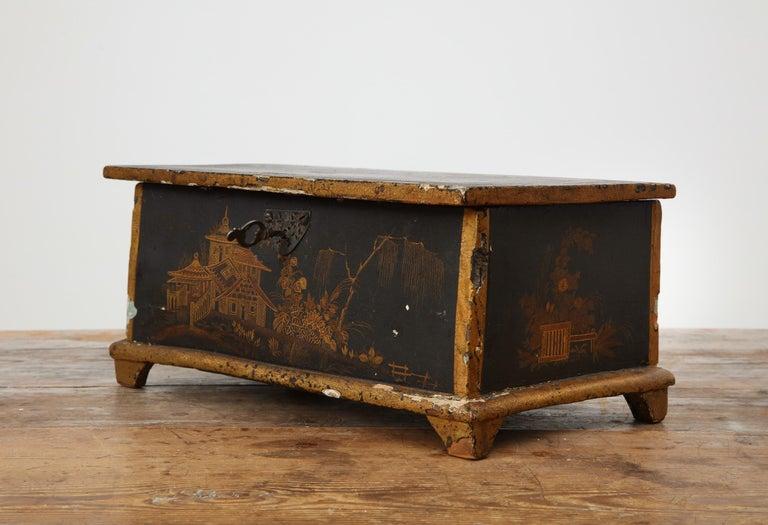 Swedish Rococo Chinoiserie Box, circa 1750 For Sale