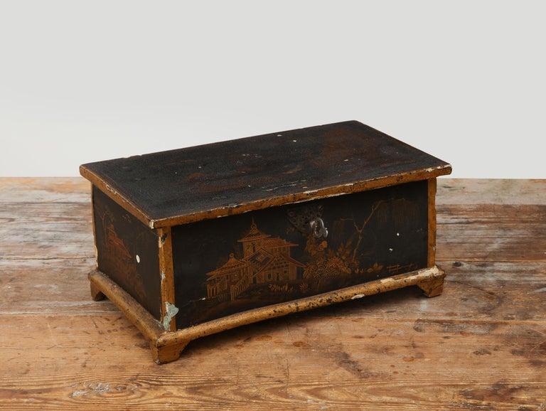 Rococo Chinoiserie Box, circa 1750 For Sale 10