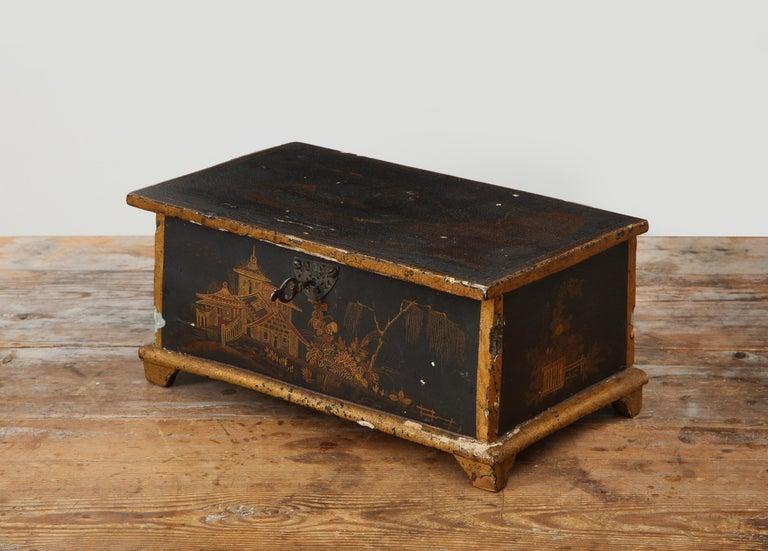 Rococo Chinoiserie Box, circa 1750 For Sale 11