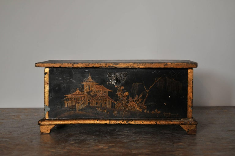 18th Century and Earlier Rococo Chinoiserie Box, circa 1750 For Sale