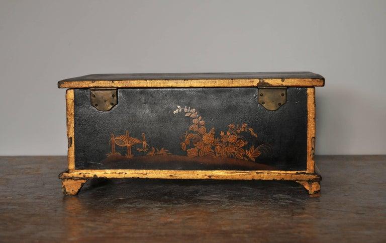 Rococo Chinoiserie Box, circa 1750 For Sale 7