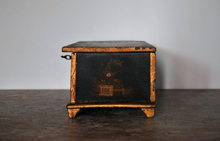 Rococo Chinoiserie Box, circa 1750 For Sale 1