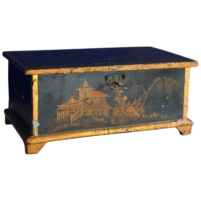 Rococo Chinoiserie Box, circa 1750 For Sale
