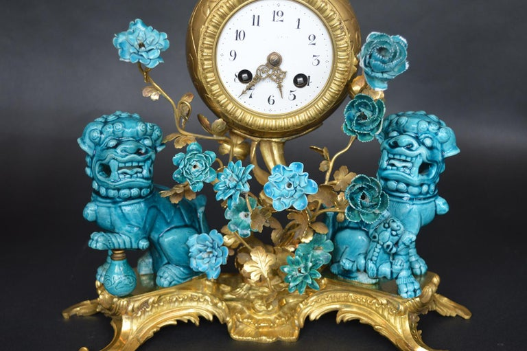 French Rococo Chinosoiserie Style Three-Piece Gilt Bronze and Porcelain Clock Garniture For Sale