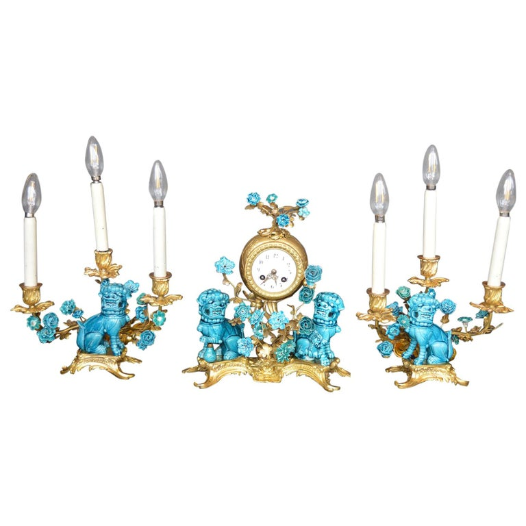 Rococo Chinosoiserie Style Three-Piece Gilt Bronze and Porcelain Clock Garniture For Sale