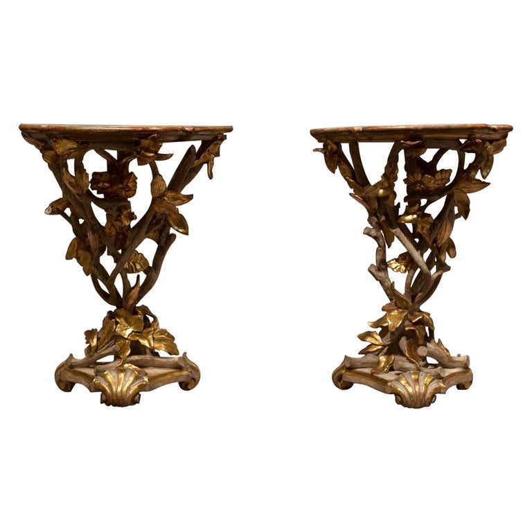 Rococo Gilded and Lacquered Italian Pair of Gueridon, Early 19th Century For Sale
