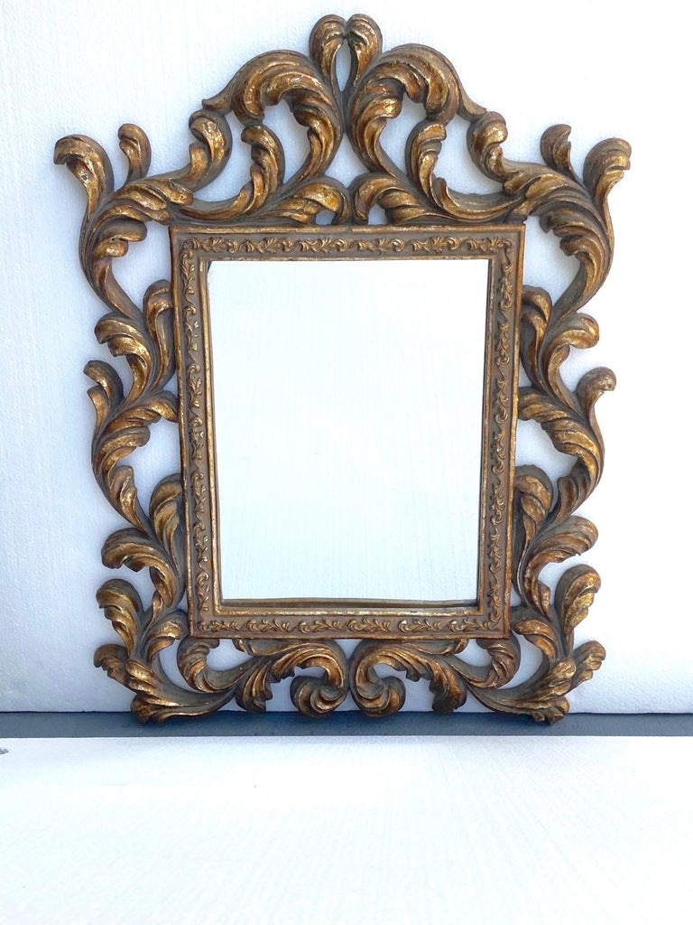 Rococo Small Ornamental Mirror with Carved Giltwood Frame, Italy, circa 1940s For Sale 6