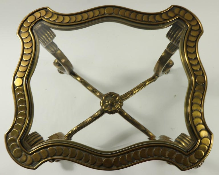 Rococo Style Brass and Glass Side Table Attributed to Mastercraft In Good Condition For Sale In New York, NY