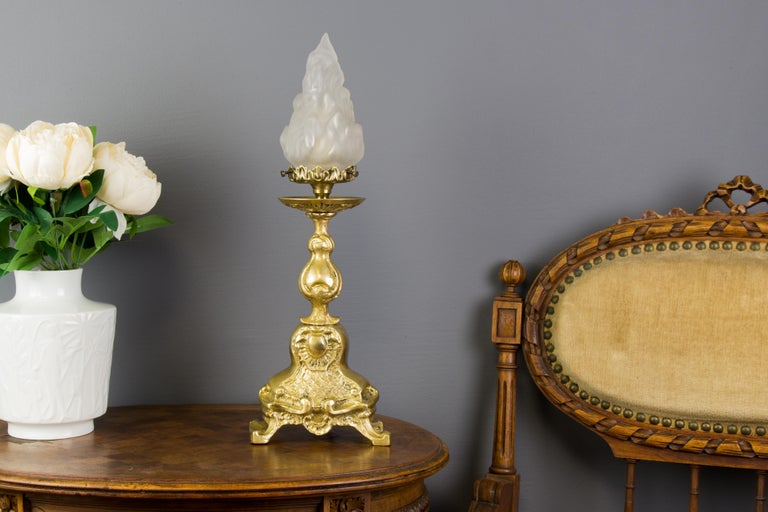 Rococo Style Bronze Table Lamp with White Frosted Glass Flame Shade In Good Condition For Sale In Barntrup, DE