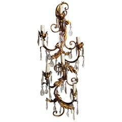 Rococo Style Florentine Wall Sconce in Gilded Iron and Crystals