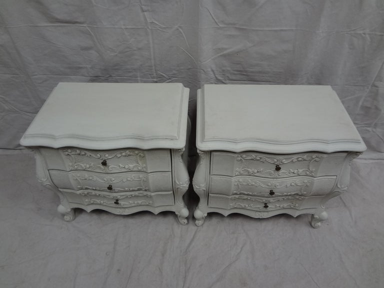 Rococo Style Nightstands In Distressed Condition For Sale In Hollywood, FL