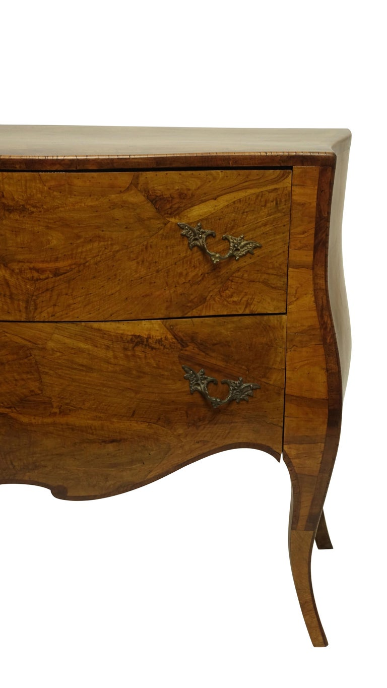 20th Century Rococo Style Olive Wood and Walnut Chest of Drawers, Italian For Sale