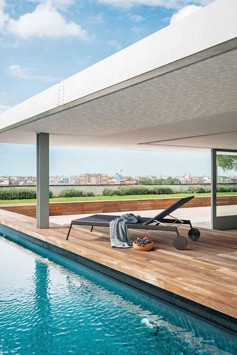 Italian Roda Piper 007 Sunlounger Designed by Rodolfo Dordoni For Sale