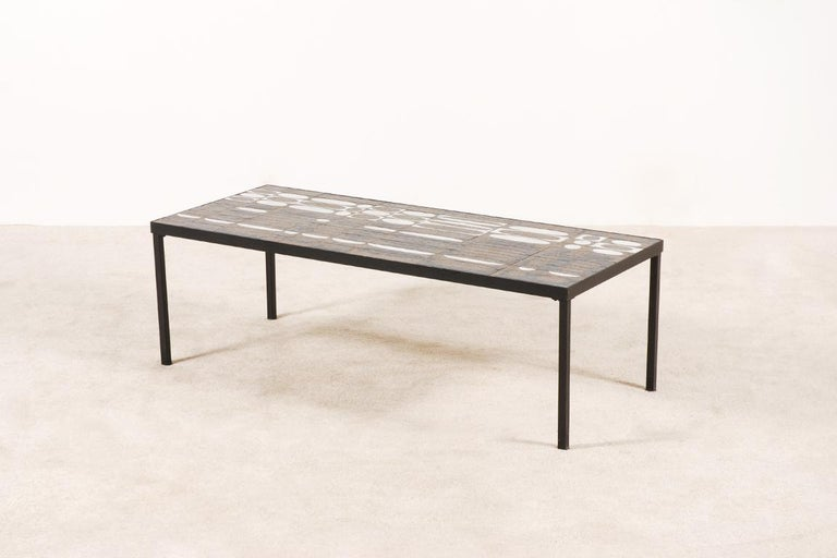Large coffee table designed by the French ceramist Roger Capron, circa 1950.