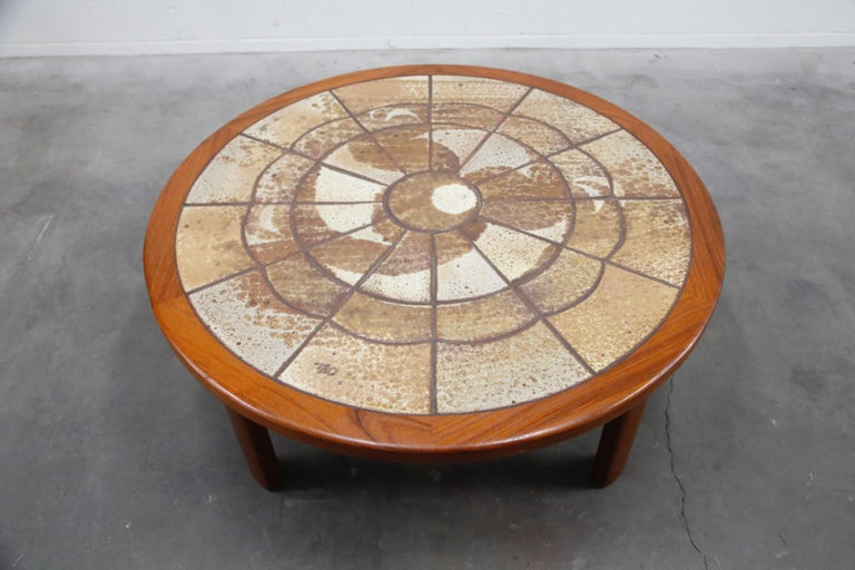 Roger Capron Style Round Teak Coffee Table with 1960s Ceramic Tile, Signed For Sale 4