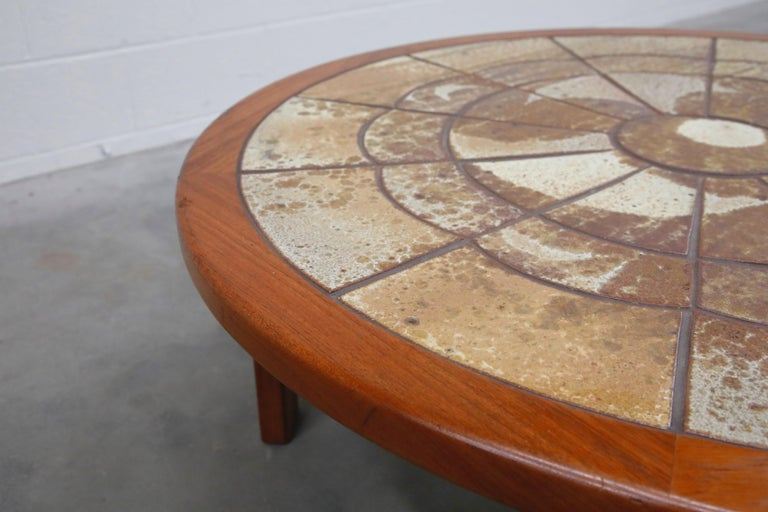Roger Capron Style Round Teak Coffee Table with 1960s Ceramic Tile, Signed For Sale 9