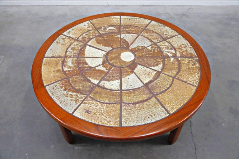 Roger Capron Style Round Teak Coffee Table with 1960s Ceramic Tile, Signed For Sale 2