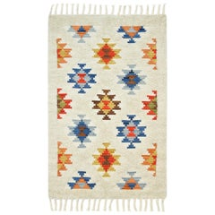 Roger, Contemporary Shaggy Moroccan Inspired Hand-Woven Area Rug, Multi