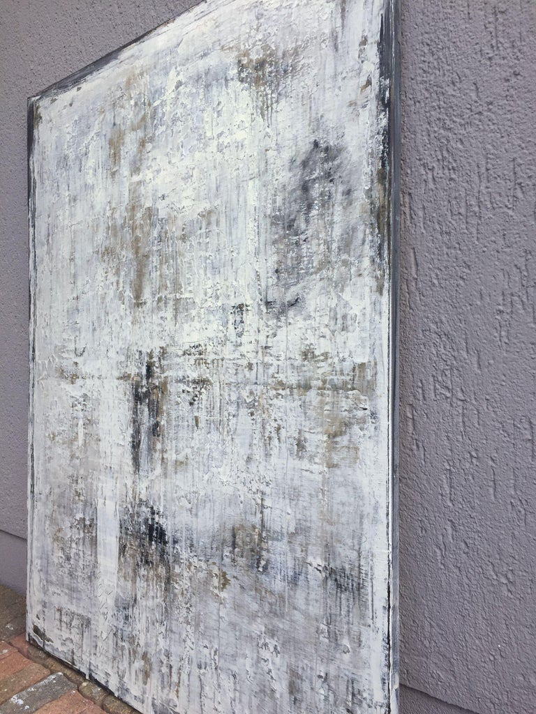 1164 antique dark brown/white    König combines modern painting with acrylic with old techniques and in this way, he connects contemporary art with tradition. The natural clay color bestows the pictures with a completely special dim texture which