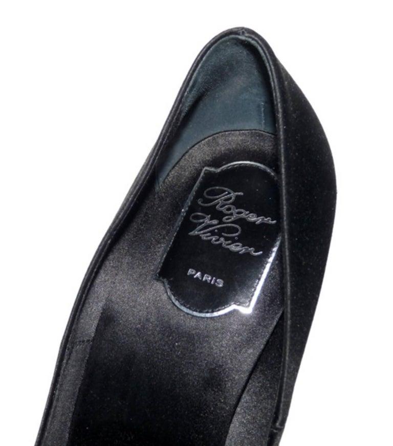 Roger Vivier Black Swarovski Crystal Buckle Wedding Heels Shoes 40  For Sale 3