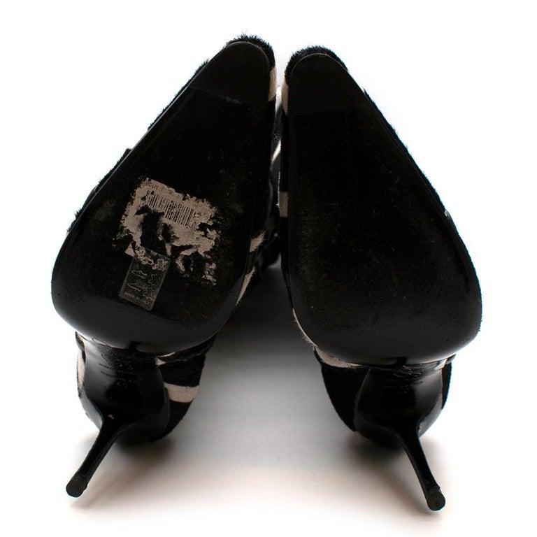 Roger Vivier Giraffe Print Calf Hair Heeled Knee Boots 40 For Sale 6