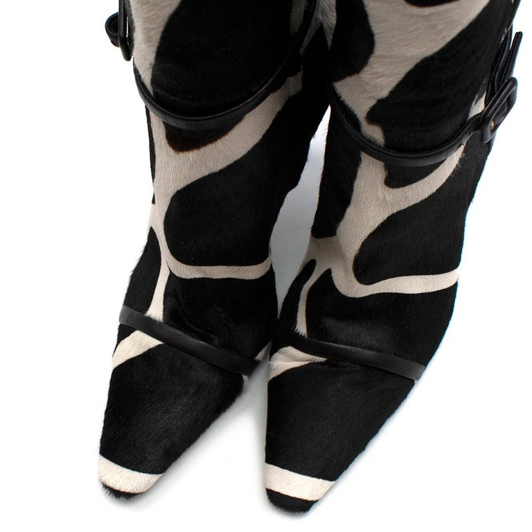 Roger Vivier Giraffe Print Calf Hair Heeled Knee Boots 40 For Sale 2