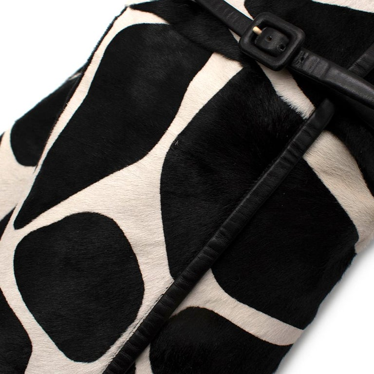 Roger Vivier Giraffe Print Calf Hair Heeled Knee Boots 40 For Sale 3