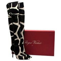 Roger Vivier Giraffe Print Calf Hair Heeled Knee Boots - Size EU 40