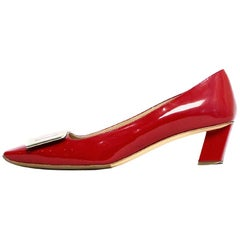 Roger Vivier Red Patent Belle Vivier Pumps w/ Buckle sz 39 rt $725